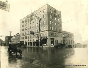 Manitonna Hotel. Brockville Ontario